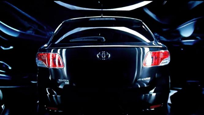 Toyota Avensis porusza wyobraźnię (wideo) Toyota 1301606635