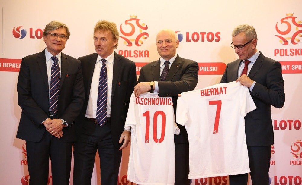 Nowy Główny Sponsor Reprezentacji Polski w piłce nożnej piłka nożna mediarun com grupa lotos