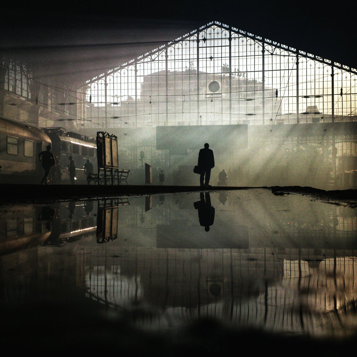 and-here-the-nyugati-train-station-makes-for-an-eerie-scene