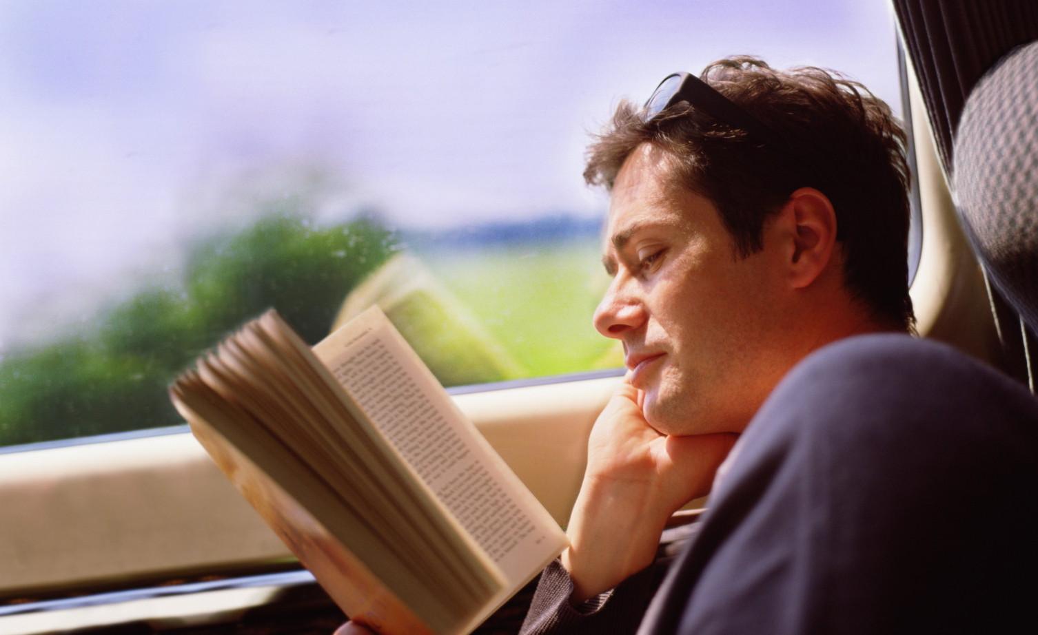 Książki wracają do łask? Jesiennie wzrosty sprzedaży Onet mediarun com ksiazka