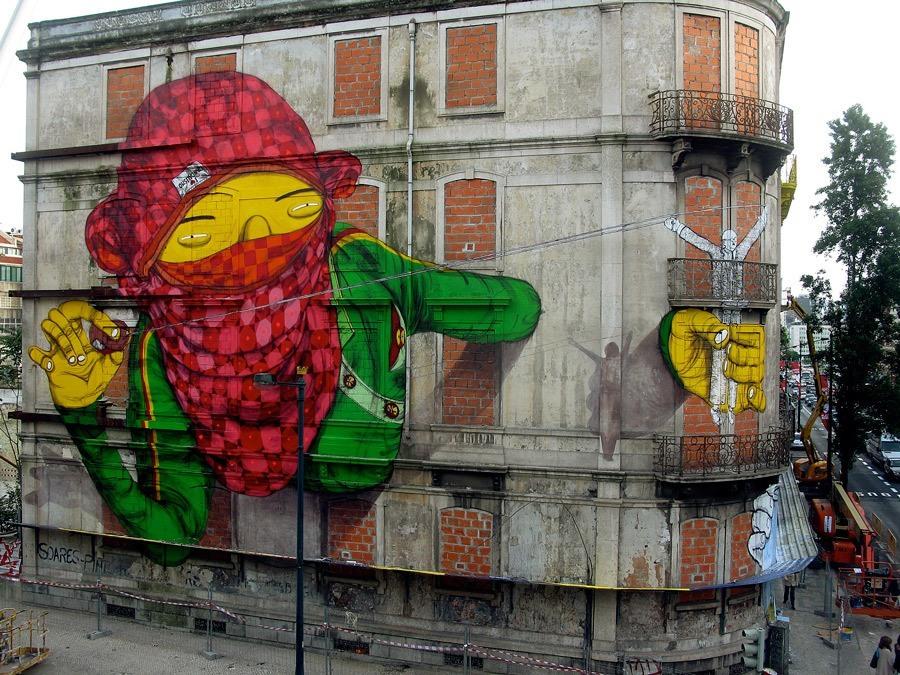 mediarun-com-Os-Gemeos_Blu_Lisbon