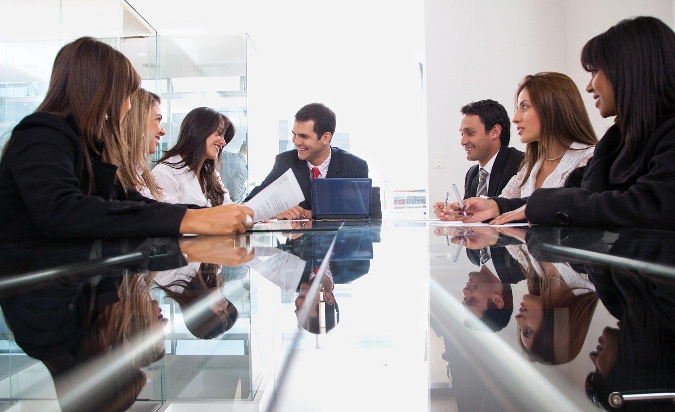Outsourcing usług istotny w biznesie Dariusz Deszczka Outsourcing mediarun com