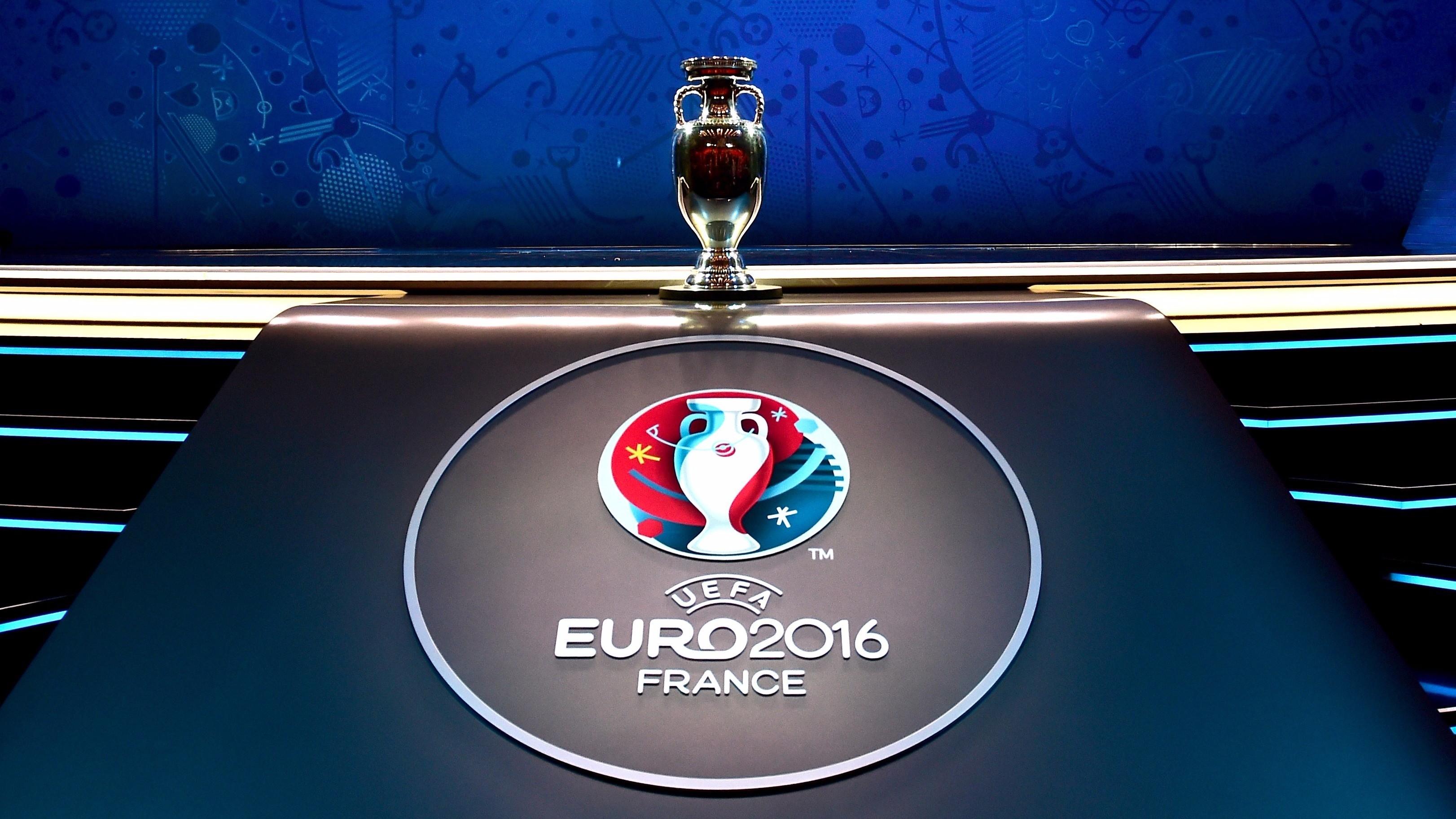 Euro 2016: Jak mecze reprezentacji wpływają na zakupy Polaków? Polska de3