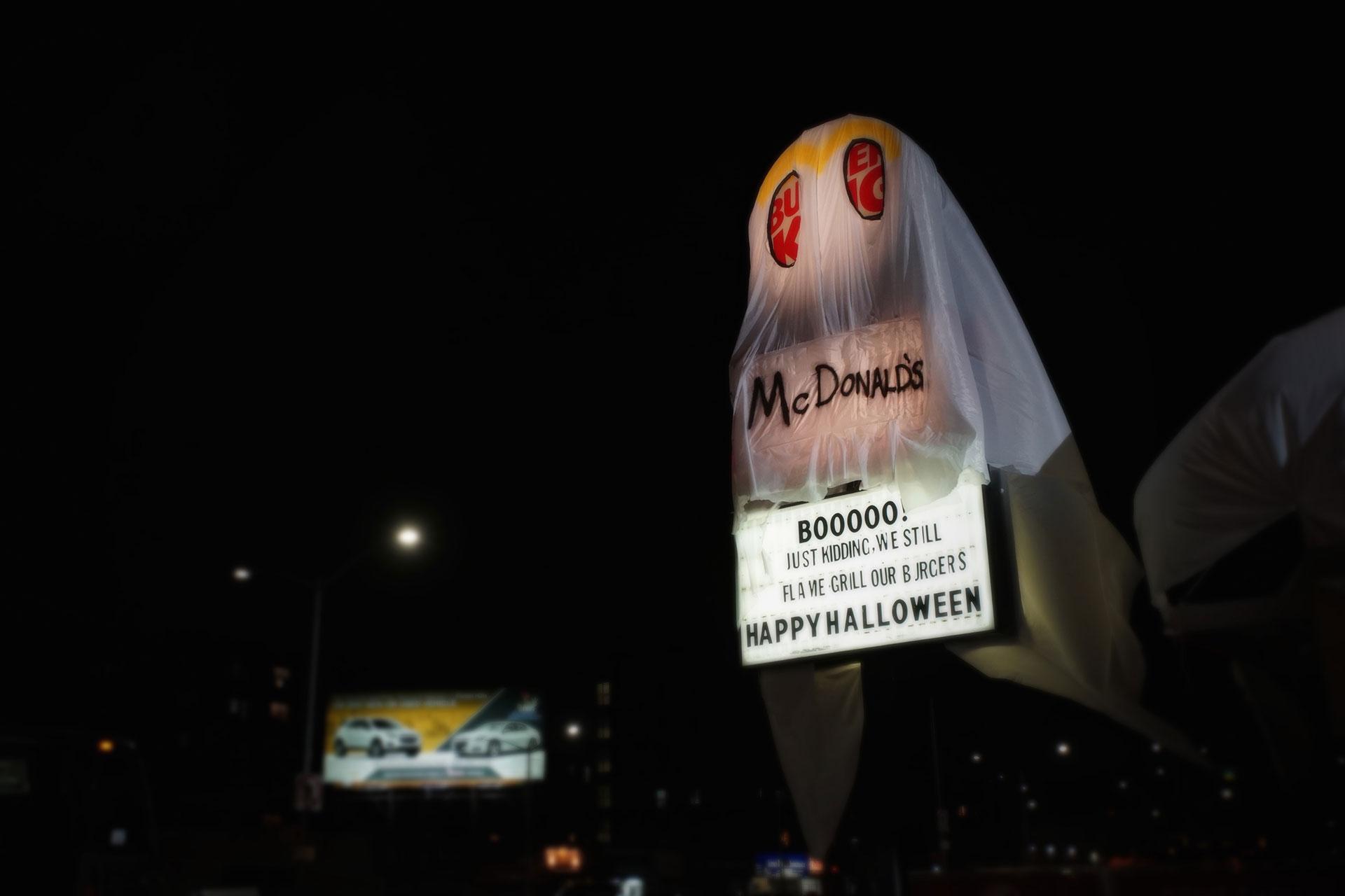 "Burger King ""trolluje"" McDonald's na Halloween Burger King mediarun burgerking halloween3"