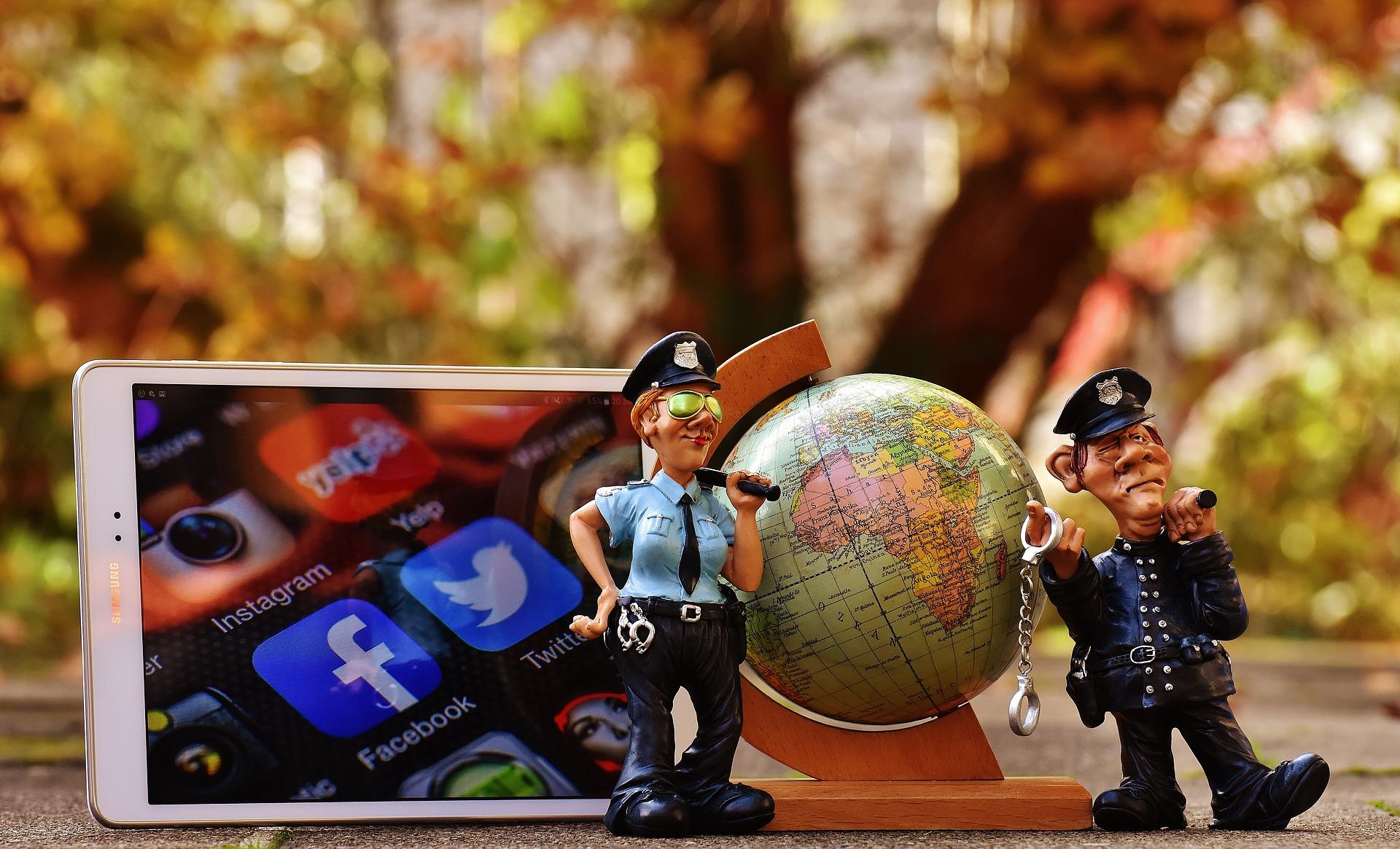 Najwyższy czas, by zapanować nad swoimi mediami społecznościowymi. Sprawdź, co musisz zmienić! [Poradnik] Twitter social media 1845986 1920