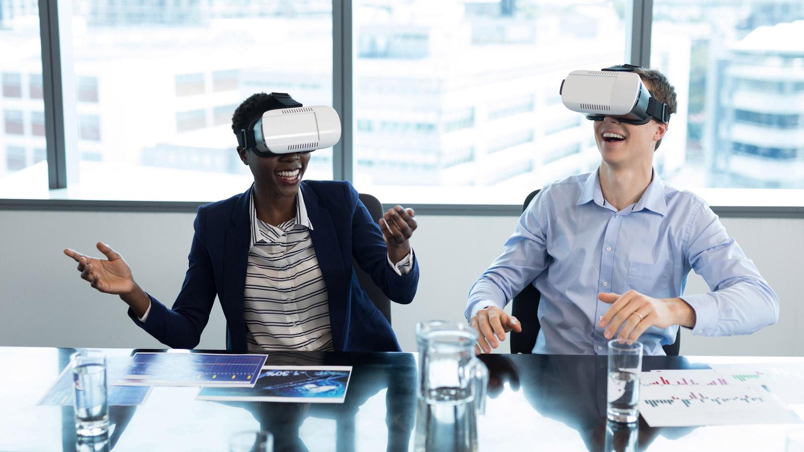 GOOGLE o zawodach przyszłości negocjacje mediarun VR praca biuro zabawa 2019