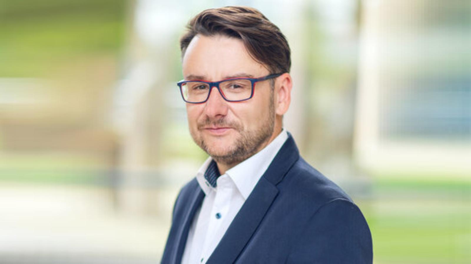 Ergo Hestia z nowym Rzecznikiem awans mediarun ergo hestia Marcin Dybuk rzecznik prasowy 2019