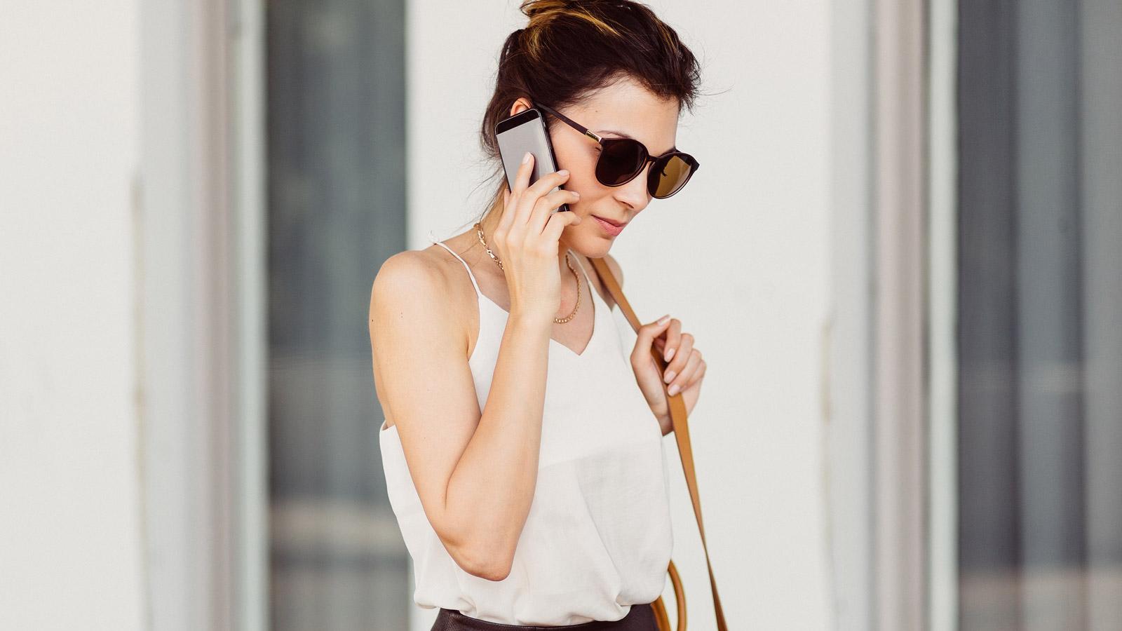 15 statystyk na temat urządzeń mobilnych o których nie miałeś pojęcia top 5 mediarun kobieta bizneswoman telefon 2019