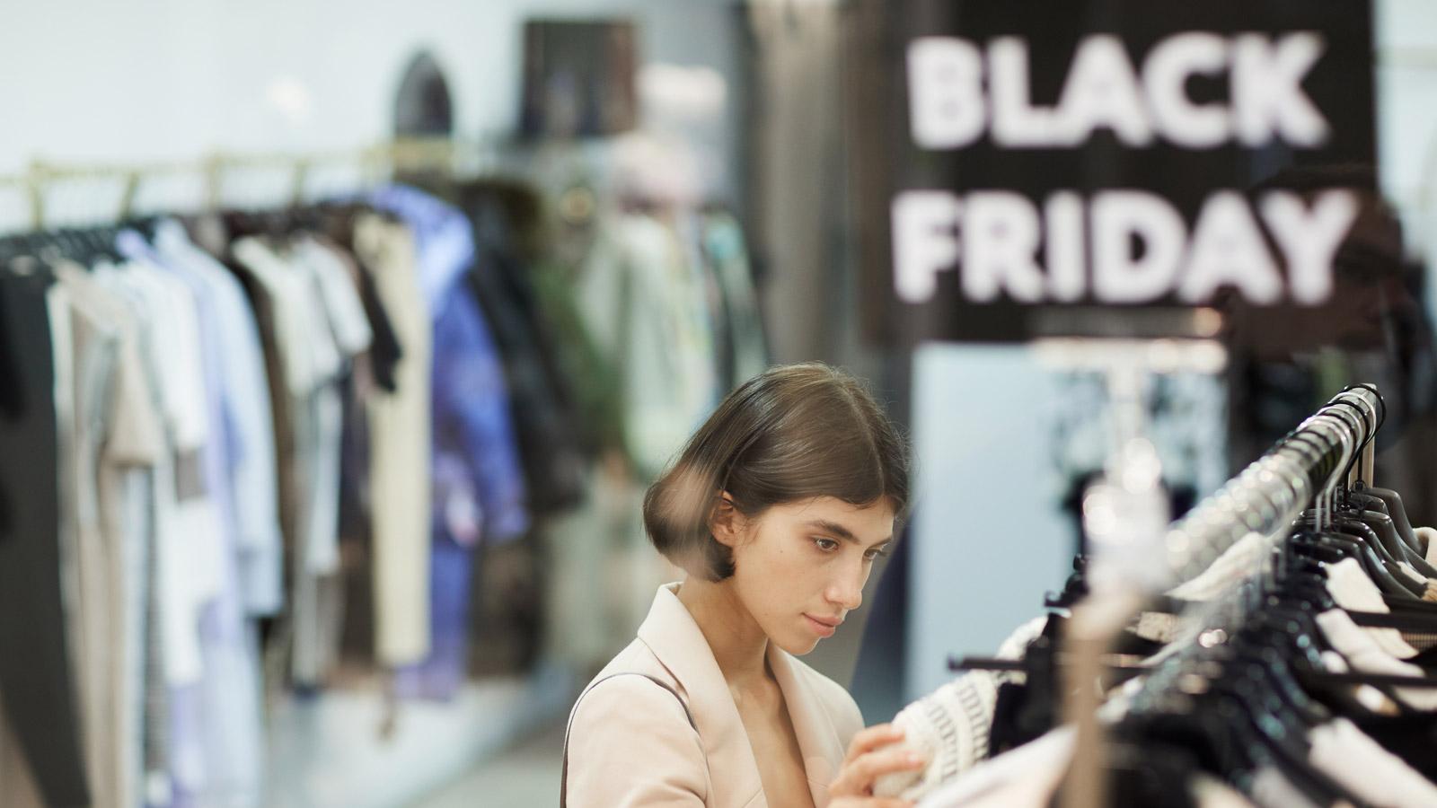Młodzi Polacy narzekają na Black Friday sklep mediarun black friday 2019