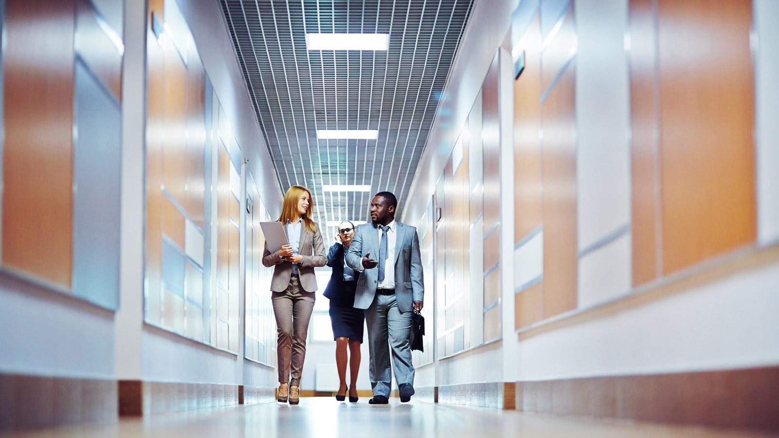 Czego oczekiwać po biurowych TECHNOLOGIACH Biuro mediarun nowoczesne biuro technologie 2019