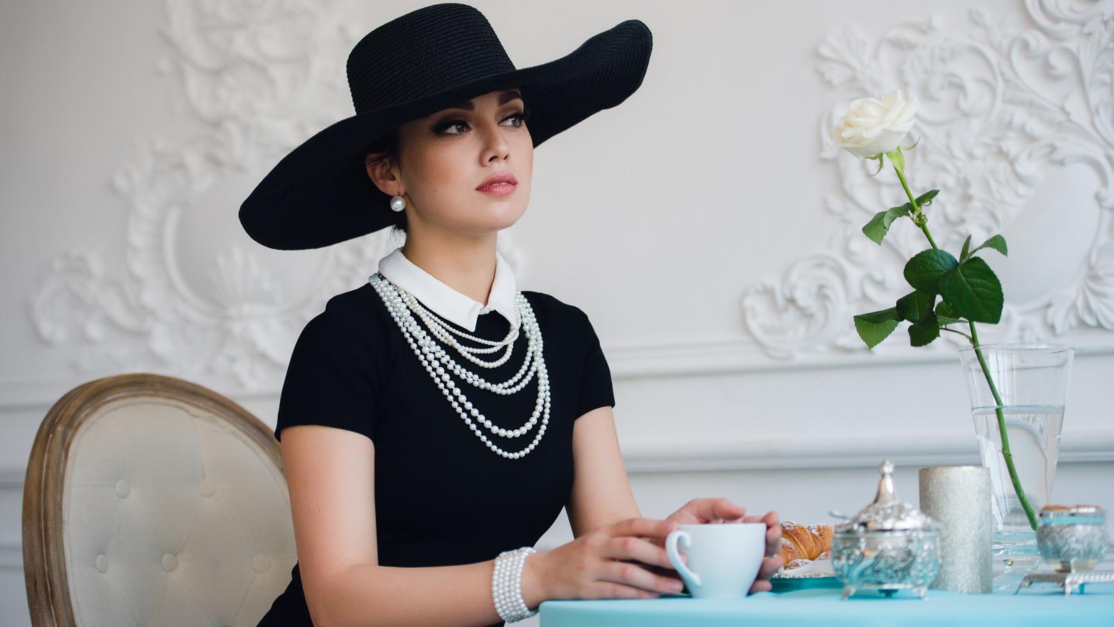 Jak uchronić się przed nielojalnością ambasadora marki? porady mediarun kobieta celebrytka sniadanie 2019