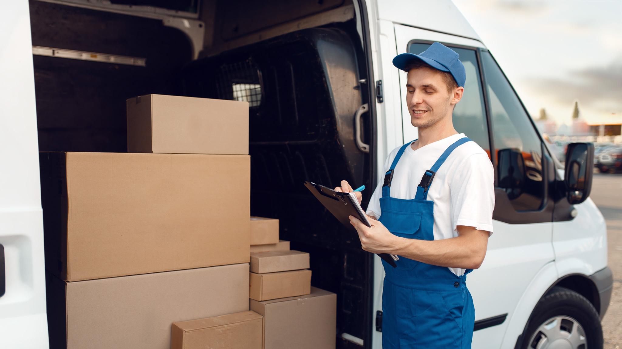 Sklepy bez produktów – Czym jest Dropshipping? sklep MEDIARUN Facet dostawa pudla 2020 v1