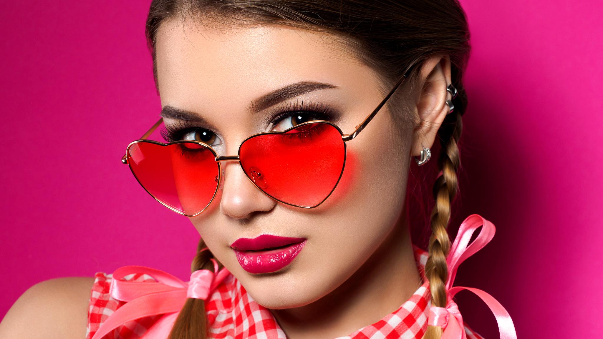 Pomysły na prezenty walentynkowe Last Minute top MEDIARUN Kobieta okulary serca walentynki 2020 v1
