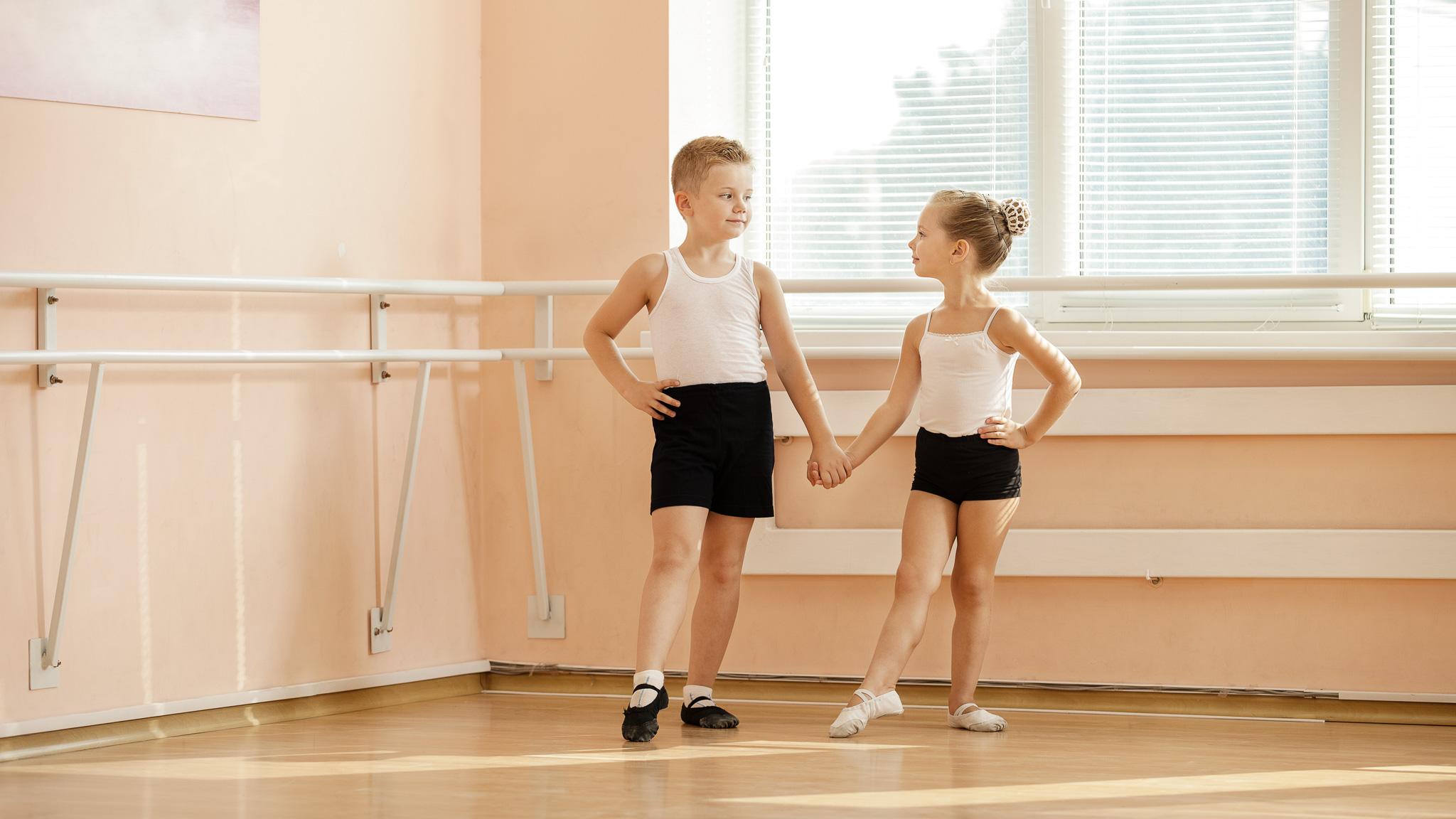 Równość płciowa w biznesie jako światowy trend Hays Poland MEDIARUN dzieci balet sala 2020 v1