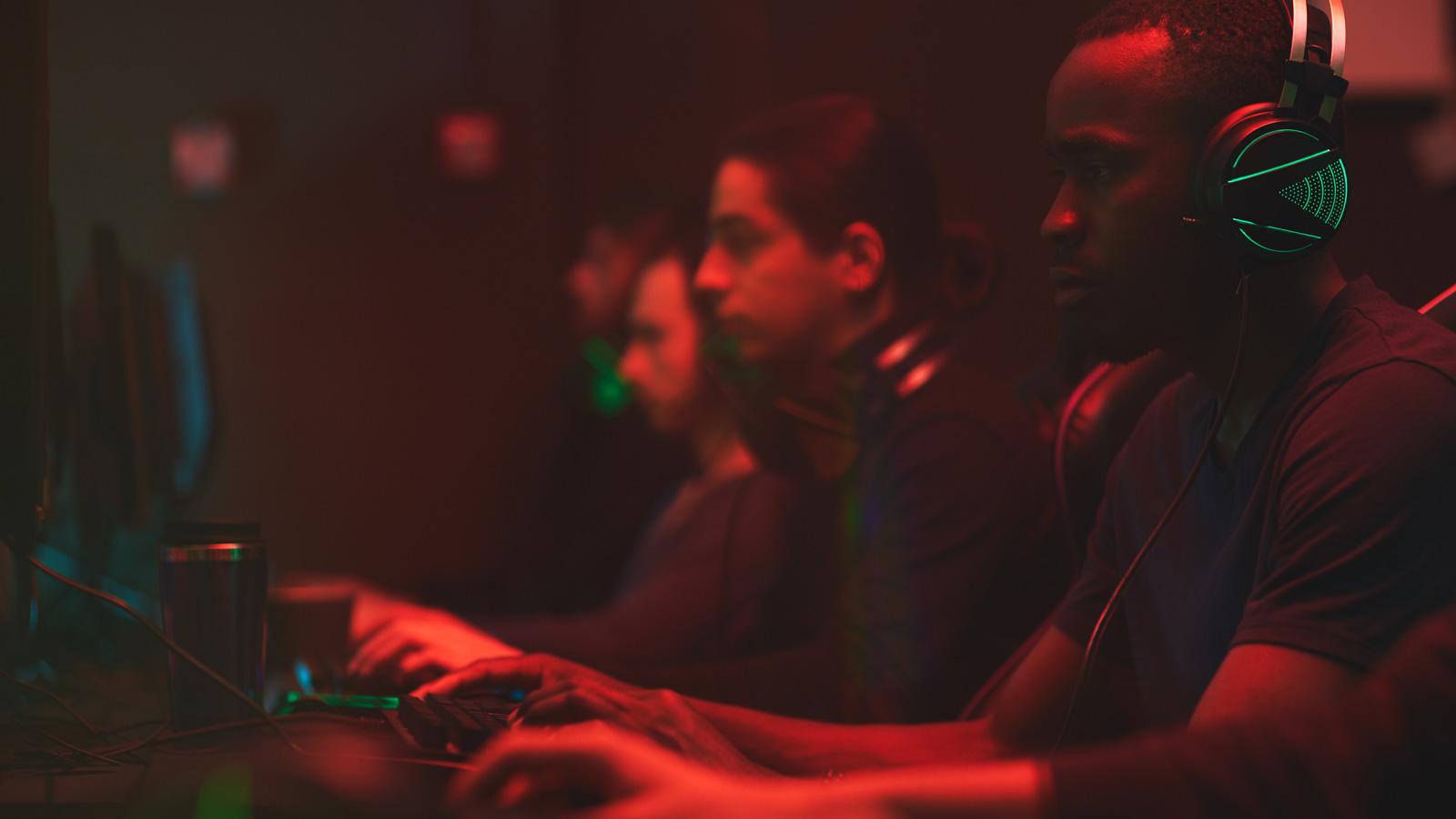 Nowa marka wchodzi do świata gamingu Kampania mediarun gaming komputery 2020