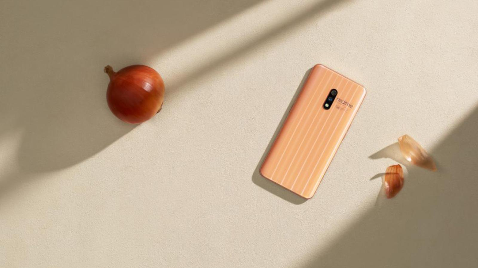 Zobacz smartfon z nagrodą Red Dot Design Award Technologia mediarun cebula smartfon red dot realme 2020