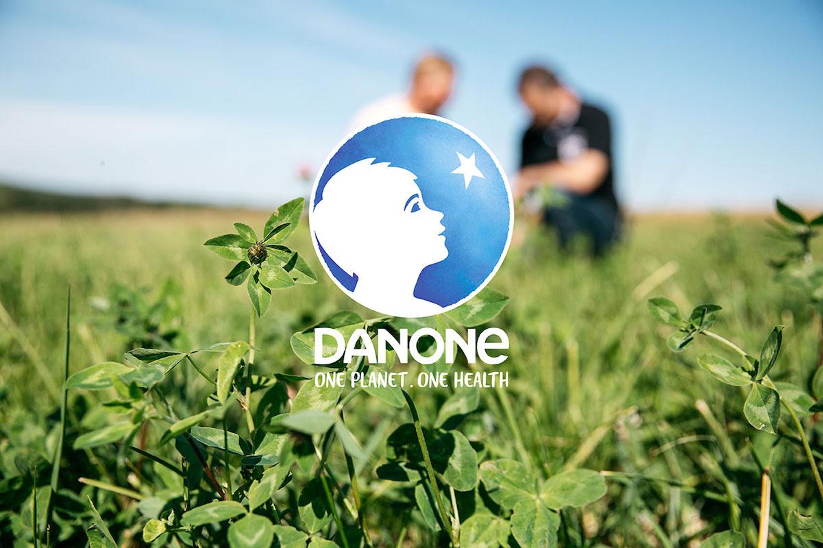 DANONE z nowym Dyrektorem Marketingu CMO mediarun com danone logo one world v1