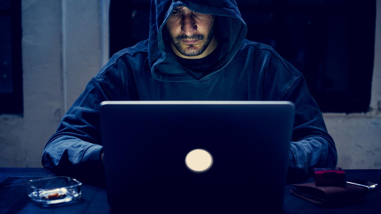 Branża farmaceutyczna celem ataków cyberprzestępców Technologia mediarun haker cyber komputer 2020