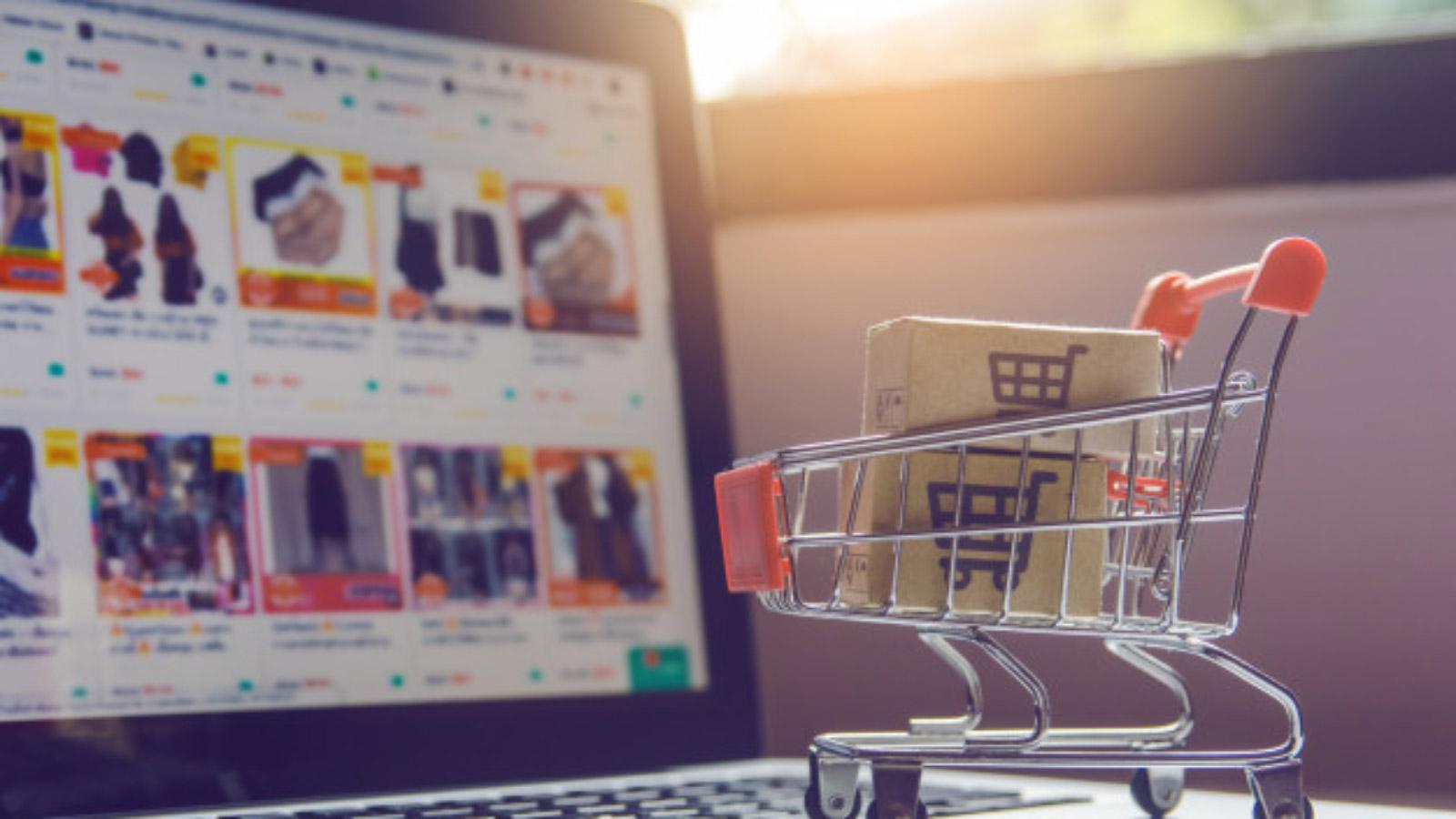 Analiza trendów e-commerce w pierwszym półroczu 2020 analiza mediarun e commerce zakupy internet online 2020