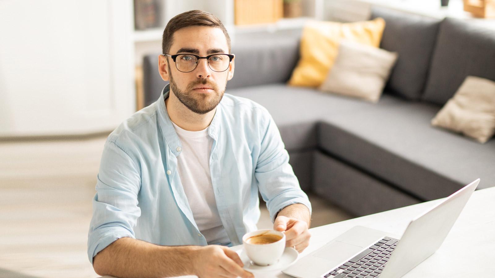 Jak utrzymać ciągłość biznesową w epoce pracy zdalnej? Praca mediarun home office biuro praca dom 2020