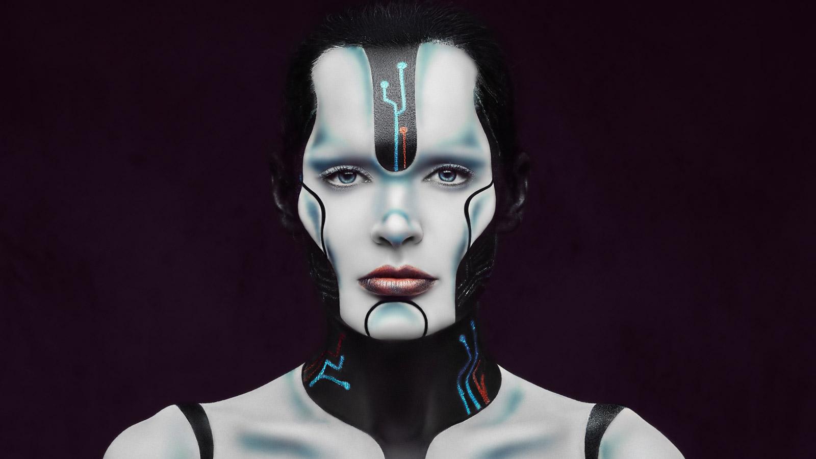 Maszyny zadecydują co założymy jesienią moda mediarun kobieta robot moda maszyna jesien 2020