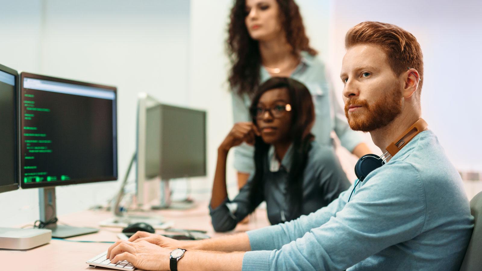 Co programują programiści? Technologia mediarun kodowanie programowanie team programista 2020