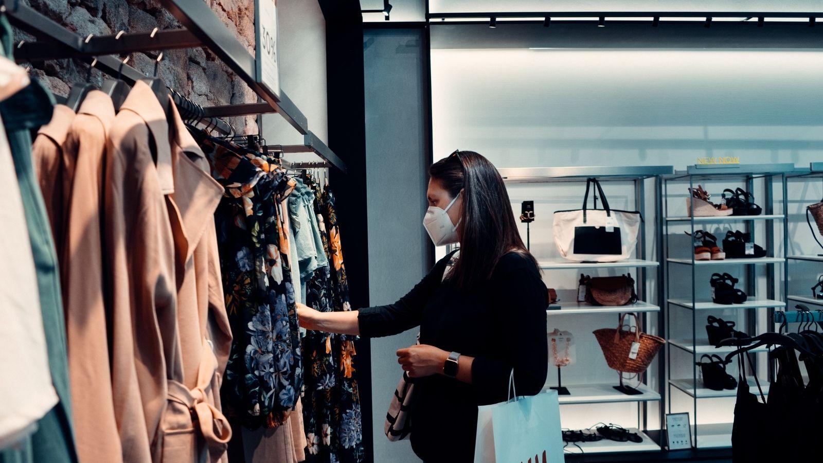 Jak pandemia wpłynęła na postawy konsumenckie oraz proces zakupowy? [RAPORT] pandemia mediarun consumer
