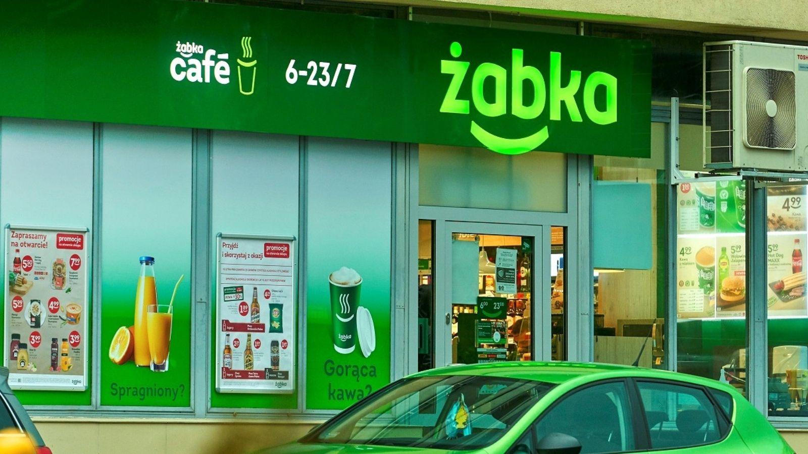 Żabka zakończyła największy remodeling sklepów w Europie Rebranding mediarun zabka