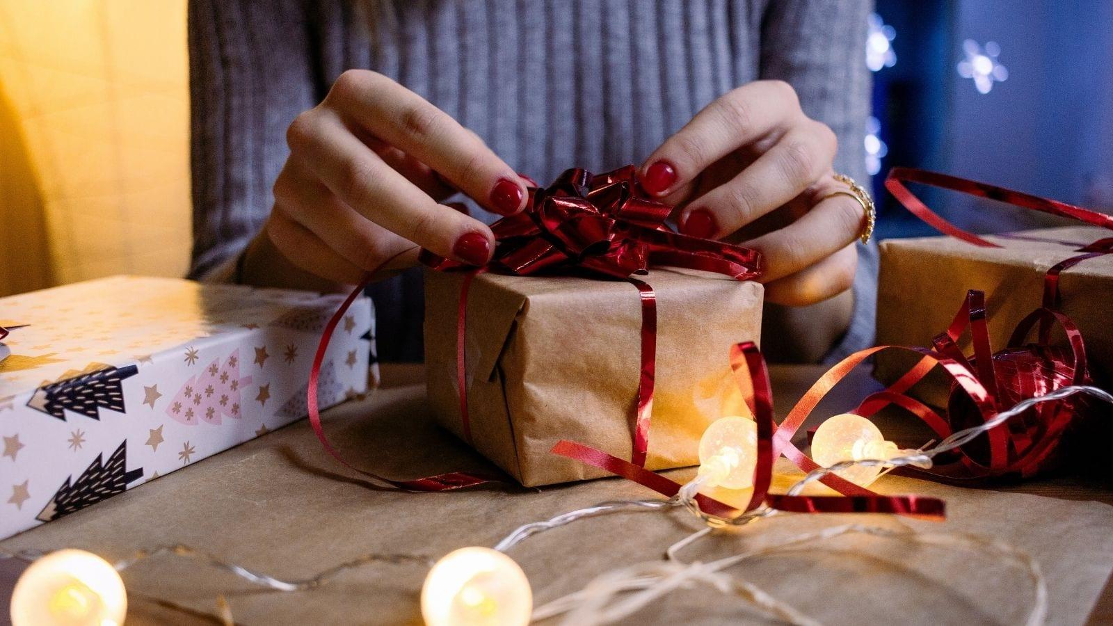 mediarun christmas gift COVID-19 Świąteczne wydatki Polaków [BADANIE]