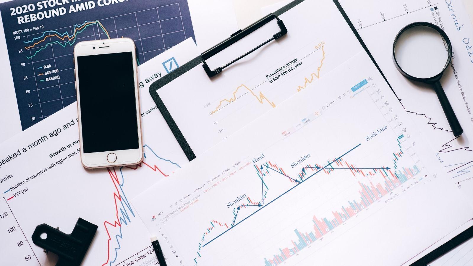 Trendy w wynagrodzeniach w branży komunikacji marketingowej Badania mediarun salary