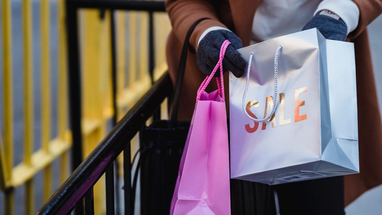 RAPORT: Shopping online – jak kupują Polacy? ARC Opinia i Rynek mediarun e shopping