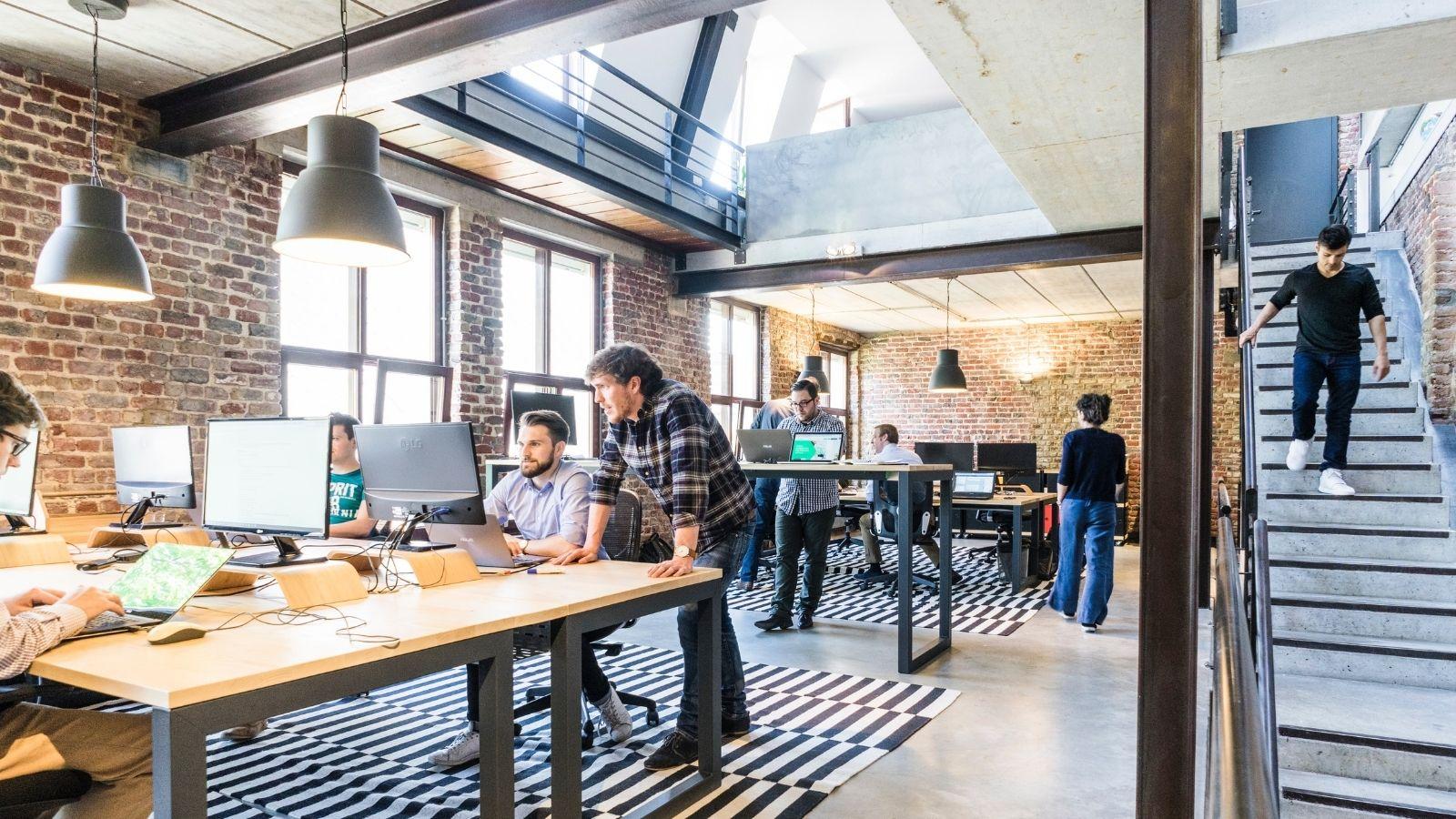 RAPORT: Kompetencje przyszłości na rynku pracy Trendy mediarun modern office