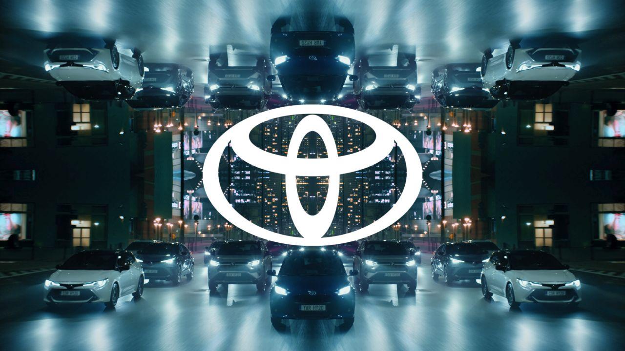 TOYOTA wprowadza nowe logo auto bvi 16x9 kv